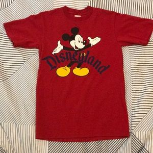 Disneyland/ Mickey Mouse tee size small